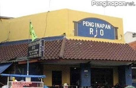 Penginapan Rio Hotel Murah Bersih Dekat Dari Stasiun Jatinegara