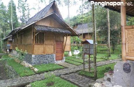 Villa Kampung Karuhun Sutan Raja - skypebookings.com
