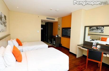 Hotel, Kota Malang, akomodasi, penginapan, Fasilitas, Tarif, Alamat, reservasi, telepon, email, Hotel Mewah, elegan, alamat, lokasi, booking, bintang empat, website