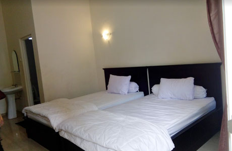 Adam Hotel Bangil - @Annisa Arda Shabrina