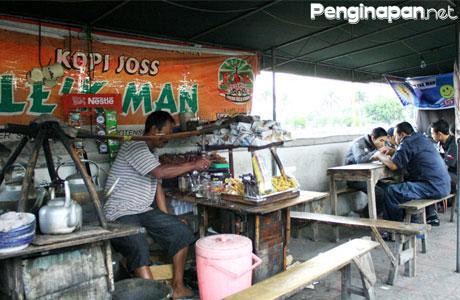 Angkringan Lek Man - sintacarolina.blogspot.com