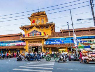 Ben Thanh Market - www.vietnam-guide.com