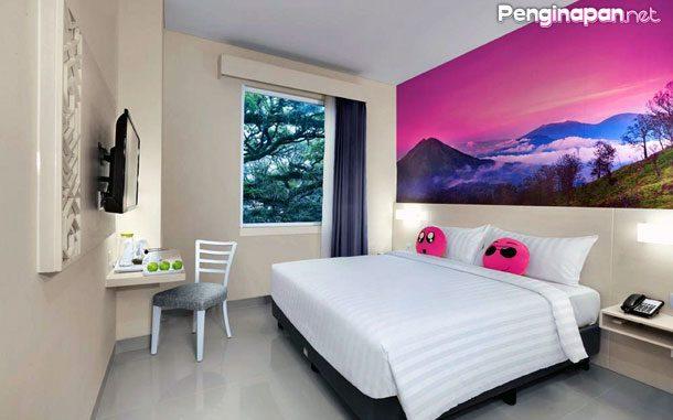 Double Room FaveHotel Tlogomas Malang
