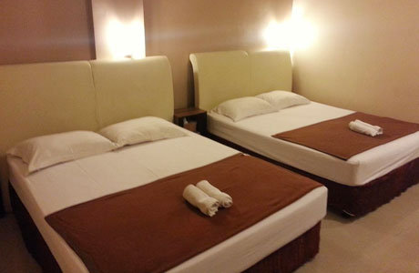 Galaxy Hotel Surabaya - www.booking.com
