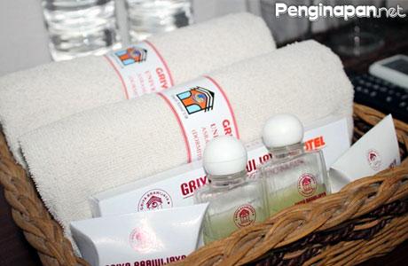 Layanan dan fasilitas kamar yang lengkap di Griya Brawijaya Malang