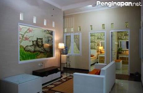 Griya Nelwan Guest House Malang - www.booking.com