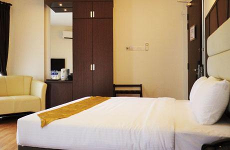 Hotel Grand Baron - www.booking.com