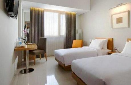 Hotel Santika Jemursari - www.agoda.com