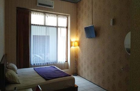 Kencana Dewi Hotel