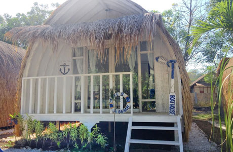 Maleo Moyo Seaside Resort - www.booking.com