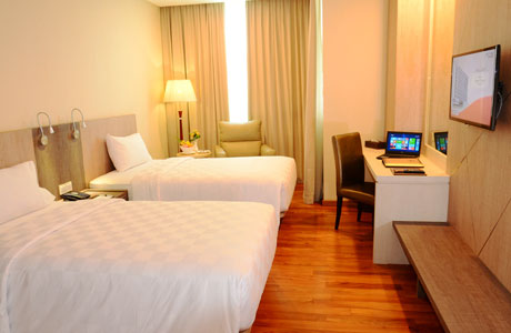 Nagoya Hill Hotel - www.lokopoko.travel