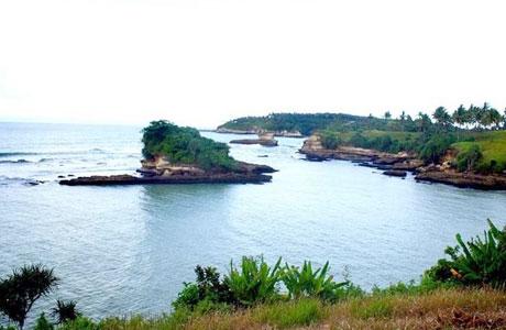 Pantai Amanda Ratu - www.lihat.co.id