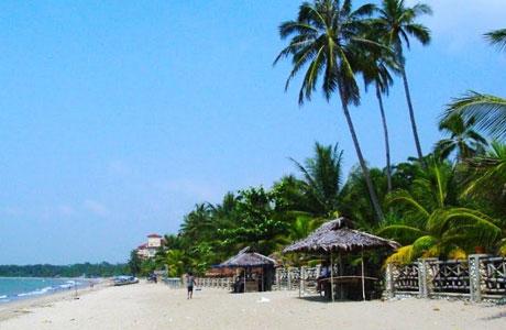 Pantai Anyer - rizaardiyanto.my.id