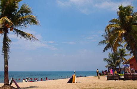 Pantai Anyer - wisatatempat.com