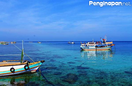 Pantai Gili Ketapang - www.wisatajatim.info