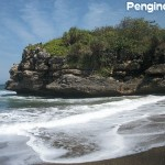 Pantai Jolosutro - www.pegipegi.com