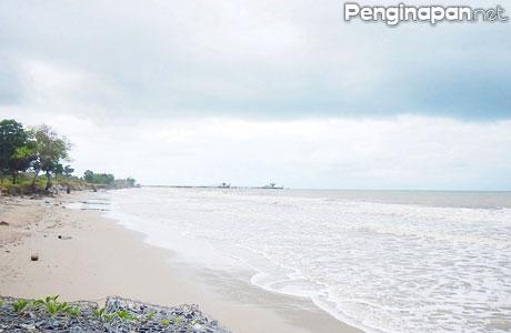 Pantai Muara Kintap - zainalhakimmsc.blogspot.co.id