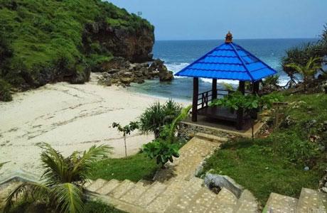 Pantai Ngeden - eksotisjogja.com