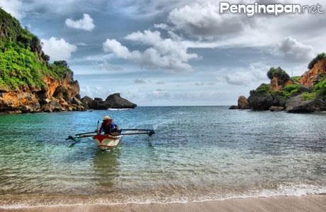 Pantai Ngrenehan - www.ragamtempatwisata.com