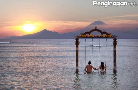 Pantai Ombak Sunset - www.booking.com