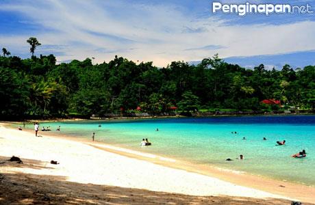Pantai Pasir Putih - ragamwisataid.blogspot.com