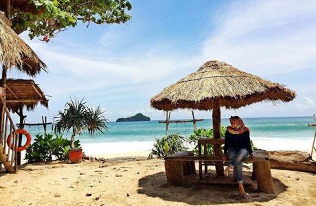 Pantai Sendiki Malang - www.jejakpiknik.com