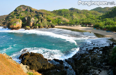 Pantai Siung - anekatempatwisata.com