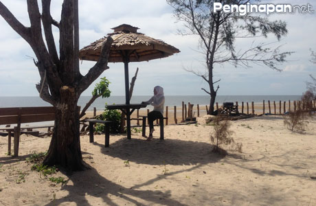 Pantai Ujung Pandaran - hellomissnurhasanah.blogspot.co.id