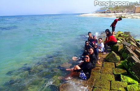 Pantai Untung Jawa - www.triptrus.com
