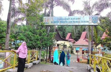 Pemandian Air Panas Tanuhi - mahasiswa.uay.ac.id