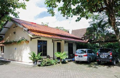Penginapan Mahessa Indah Pelabuhan Ratu - www.traveloka.com