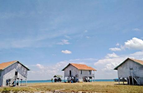 Penginapan di Pulau Lima - mydaypack.com