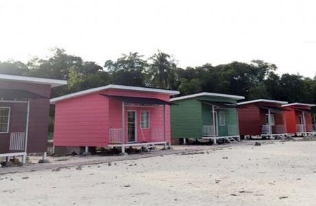 Penginapan di Pulau Sirandah Type Room Warna - www.wisatapulausumbar.com