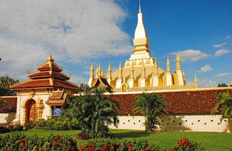 Pha That Luang - en.wikipedia.org