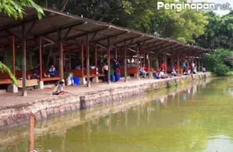 Restoran dan Pemancingan Mang Ajo Karawang - www.iftfishing.com