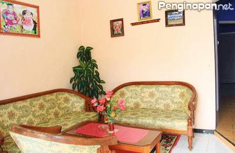 Ruang Santai Villa Debrita