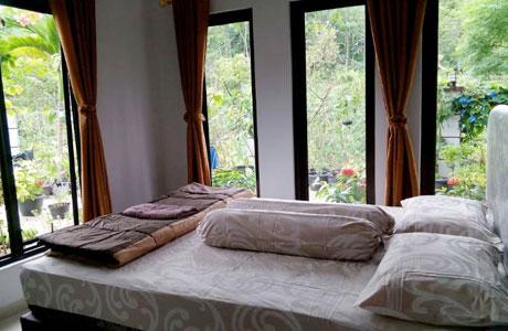Rumah Sawah Sentul - www.traveloka.com