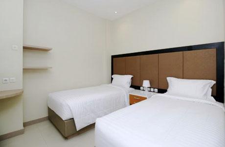 Sky Hotel Ancol Jakarta - www.traveloka.com