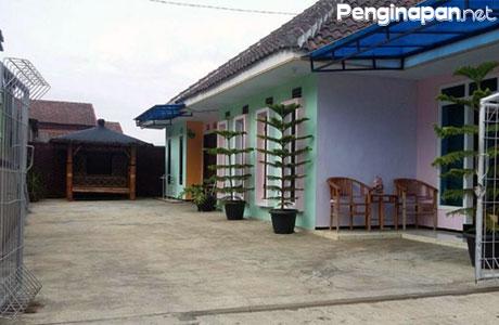 Homestay, Villa, Penginapan, Akomodasi, Kota Batu, Jawa Timur, Reservasi, Telepon, Alamat, Lokasi, Tipe Kamar, Tarif, Fasilitas, Booking
