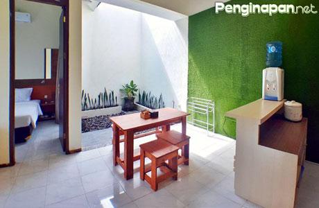The Batu Villa Garden C5, fasilitas dapur dan ruang makan