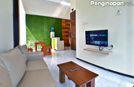 The Batu Villa Garden C5, desain interior elegan minimalis