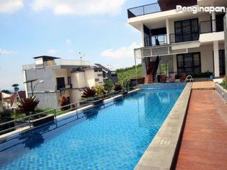 View menawan dan fasilitas kolam renang The Peak Villa A Batu