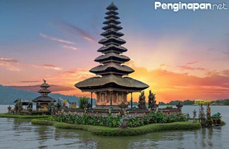 Traveling ke Bali - www.seratus.id