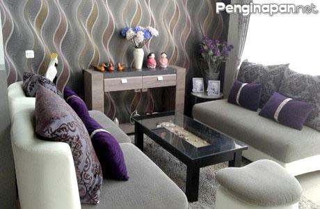 Ruang tamu nyaman di Villa An-Nur Batu
