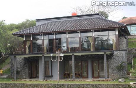 Villa Danau - www.rumah.com