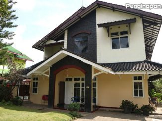 Bangunan khas Villa Pelangi 1