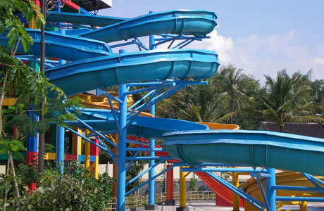 Wendit Waterpark - www.wisatamu.com