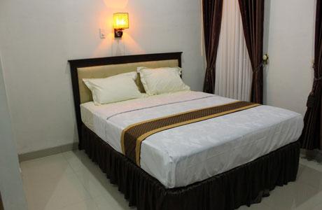 Wisma Kusuma Hotel - kusumahotelwates.blogspot.com