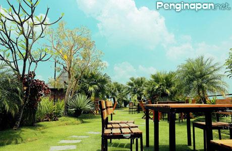 d'Fresh Guest House & Sky Garden Resto