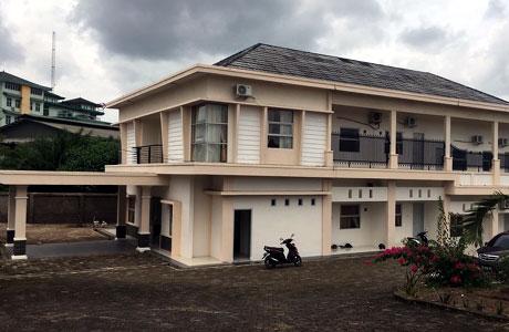 Palembang, penginapan, akomodasi, tarif, kamar, fasilitas, wisatawan, tamu, reservasi, bangunan, modern, bandara, layanan, properti